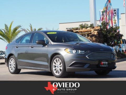 Pre-Owned 2017 Ford Fusion SE FWD SE 4dr Sedan